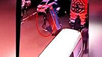 Çaldığı buz dolabını el arabasına yükleyip götürdü