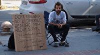 Kendisini ağlatana 100 TL veriyor: Dert dinleyerek Türkiye'yi geziyor