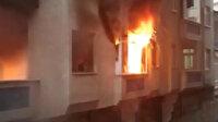 Bağcılar'da uyuşturucu bağımlısı olduğu iddia edilen kişi evi yaktı