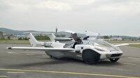 """Üç dakika içerisinde otomobilden uçağa dönüşen """"AirCar"""" tasarımıyla dikkat çekti"""