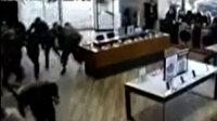 Ermenistan'ın Berde'de sivillere füzeyle saldırdığı anlar kamerada