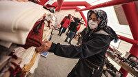İzmir'de bina enkazından çıkan eşyalar Kızılay çadırında sahipleriyle buluşuyor