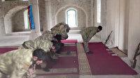 Şuşa'daki tarihi Yukarı Gövher Ağa Camisi'nde 28 yıl aradan sonra cuma namazı kılındı