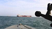 İran Basra Körfezi'nde kaçak akaryakıt taşıyan yabancı bir gemiye el koydu
