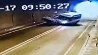 Artvin'de 1 kişinin öldüğü, 4 kişinin de yaralandığı feci kaza kamerada
