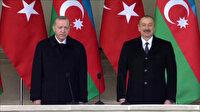 Cumhurbaşkanı Erdoğan ve Azerbaycan Cumhurbaşkanı İlham Aliyev, Zafer Geçidi Töreni'ndeki askerleri selamladı