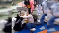 Bursa'da kızların kavgasını ne mesafe ne koronavirüs ne de çevredekiler engelleyemedi