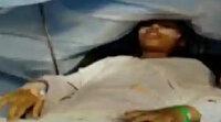 Hindistan'dan inanılmaz görüntüler: Beyin ameliyatı sırasında piyano çaldı
