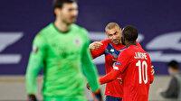 Lille-PSG maçına Burak Yılmaz'ın hareketi damga vurdu: Fransızlara centilmenlik dersi verdi