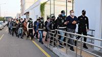 Ceyhan Belediyesi'ne yapılan rüşvet operasyonunda gözaltına alınan zanlılar adliyeye sevk edildi