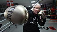 75 yaşındaki Belçikalı ressam Naciye Hanım parkinsonu yenmek için boks yapıyor