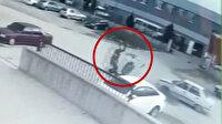 Bursa'da otomobil ile çarpışan motosiklet sürücüsü metrelerce sürüklendi