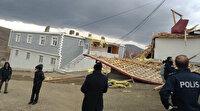 Erzincan'da fırtına çatıları uçurdu