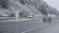 Kısa sürede beyaz büründü: Bolu Dağı'nda kar yağışı etkili oldu