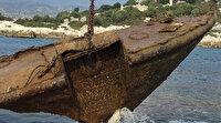 2 bin 400 grostonluk gemi su altından çıkartılıyor