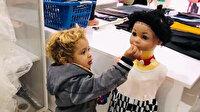 Bu fotoğraf yürekleri ısıttı: Suriyeli minik kekini cansız mankenle paylaştı