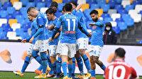 Napoli gol oldu yağdı, Fiorentina'yı sahadan sildi