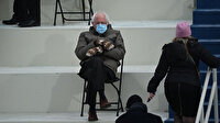 Bu fotoğraf yemin törenine damga vurdu: Dünya oturuşunu ve eldivenlerini konuştu