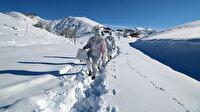 Eksi 15 derecede mesai: Koronavirüs kahramanlarının karla kaplı yollarda filyasyon azmi