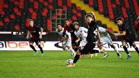 Süper Lig'in ilk yarısında en fazla hangi takıma penaltı çalındı?