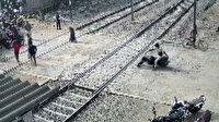 Hindistan'da ölümden mucize kurtuluş kamerada