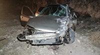 Kafaya kafaya çarpışan iki araç metrelerce savruldu: 5 yaralı var