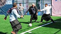 Bakan Kasapoğlu sözünü tuttu: Viranşehirliler tenis kortuna kavuştu