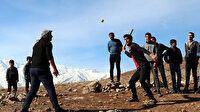 Vanlı gençlerin beyzbolu 'topa garane': Amerikalılar gelip bizimle maç yapabilir