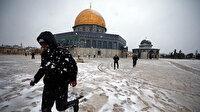 Kudüs'ün kalbi Mescid-i Aksa beyaza büründü