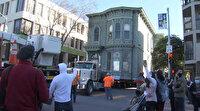 ABD'de 2 katlı tarihi bina yeni adresine böyle taşındı
