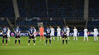 Şampiyonlar Ligi'nde duygusal anlar: Atalantalılar kansere yenik düşen futbolcularını andı