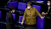 Almanya Başbakanı Merkel: Salgında üçüncü dalganın içindeyiz