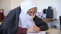 Kur'an-ı Kerim okumak için 70 yaşında okuma yazma öğreniyor: Köyde imkanımız yoktu, kızlar okula gönderilmiyordu