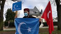 Çin'in Brüksel Büyükelçiliği önünde Uygur Türklerine uygulanan zulüm protesto edildi