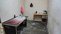 Adana'da görme engelli sünnetçiye suçüstü: Ofis masasında yüzlerce çocuğa operasyon yapmış