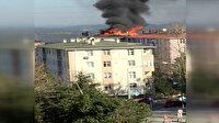 Eyüpsultan'da bir binanın çatısı alevlere teslim oldu