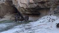 Şanlıurfa'da mağaraya baskın yapan Özel Harekat polisleri kumarhaneyle karşılaştı