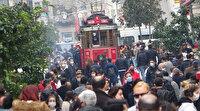 İstiklal Caddesi'ndeki yoğunluk nedeniyle girişler kapatıldı