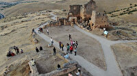 Yedi günde 5 bin misafir ağırlayan Zerzevan Kalesi'nde hedef 1 milyon ziyaretçi