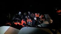 Fırtınada lastik botla sürüklenen 34 sığınmacı kurtarıldı