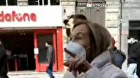 Taksim'de çarşaflı gençlere sözlü saldırı: Çarşaf yasak yavrum çok özgürüz çok