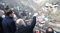 Bakanlar Soylu ve Kurum yangın felaketinin yaşandığı Dereiçi köyünde incelemelerde bulundu