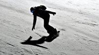 Cıbıltepe Kayak Merkezi'nde turistlerin yeni eğlencesi: Kristal kar üzerinde 'gece kayağı'