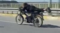 Antalya'da motosikletli gençlerin tehlikeli yolculuğu