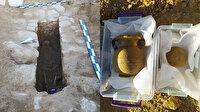 Manisa'da şaşkına çeviren olay: Tarlasını sürerken lahit mezar buldu