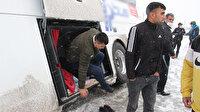 Yan yatan otobüste ilginç görüntü: 24 yolcu bagajdan çıktı