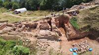 2 bin 300 yıllık kaleye taş ocağı tehdidi
