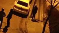 Film izler gibi izlediler: Sokak ortasında kadına şiddet