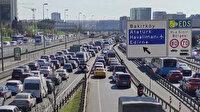3 günlük sokağa çıkma kısıtlaması öncesi kentte trafik yoğunluğu yaşanıyor