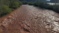 Sakarya Nehri kahverengine boyandı